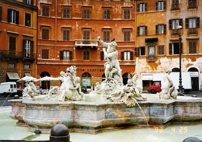 ネプチューンの噴水 Fontana del Nettuno